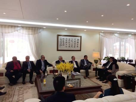 A discussão na embaixada da China, em Brasília, permitiu o detalhamento da missão que o governador fez à China este ano e a continuidade das negociações