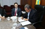 Assinatura de Termo de Acordo - Voos da Latam