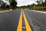 Secretário de Desenvolvimento Rural, Jerônimo Rodrigues, inaugura a restauração e pavimentação da BA 674, entrega ambulâncias, certificados de Cadastro Ambiental Rural e mudas frutíferas, no município de Aiquara